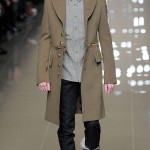 Militaire-Look-Herfst-Winter-2010-2011-Burberry